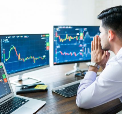Know about the high returns in the share market